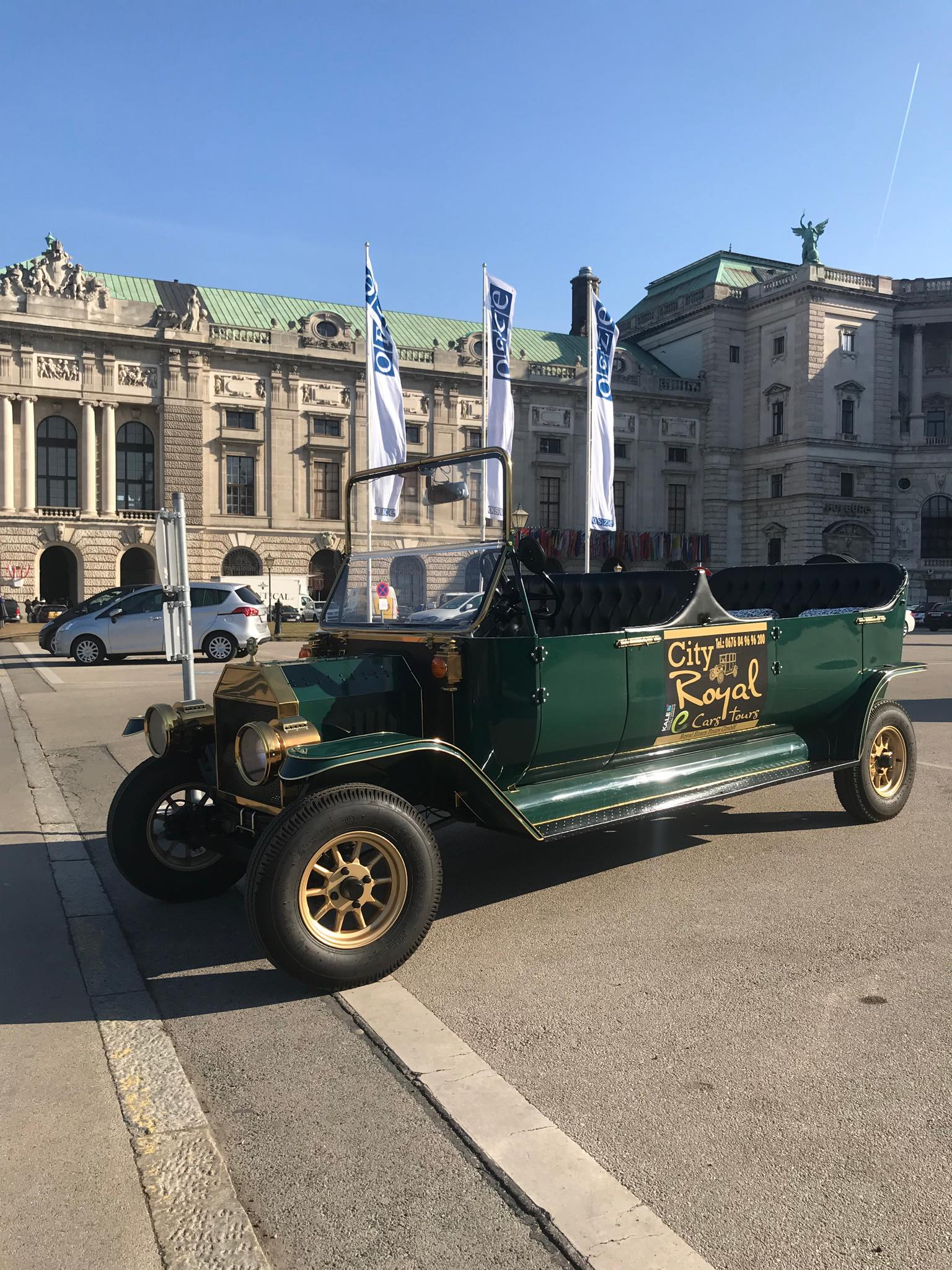 Let's go sightseeing in Vienna as a royal 19th century personage