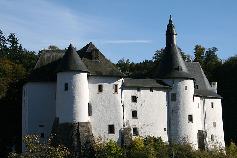 Clervaux: meet the mayor in a Medieval castle surrounded by UNESCO heritage