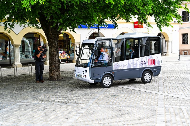 Electric bus launched in Novo Mesto city centre