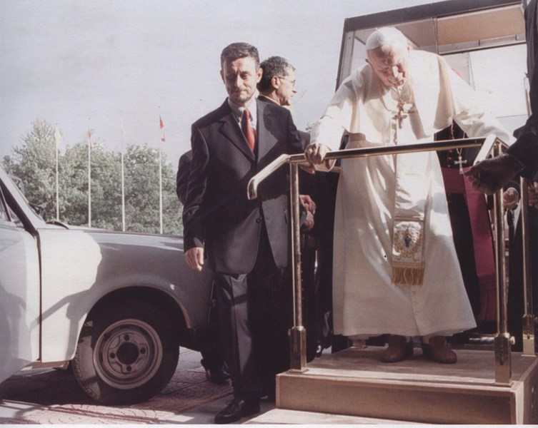 Pope John Paul II gives his blessing to the Trabant