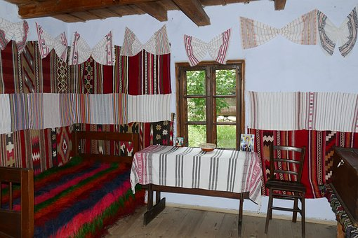 Village museums give unique chance to discover the old traditional life in Romania