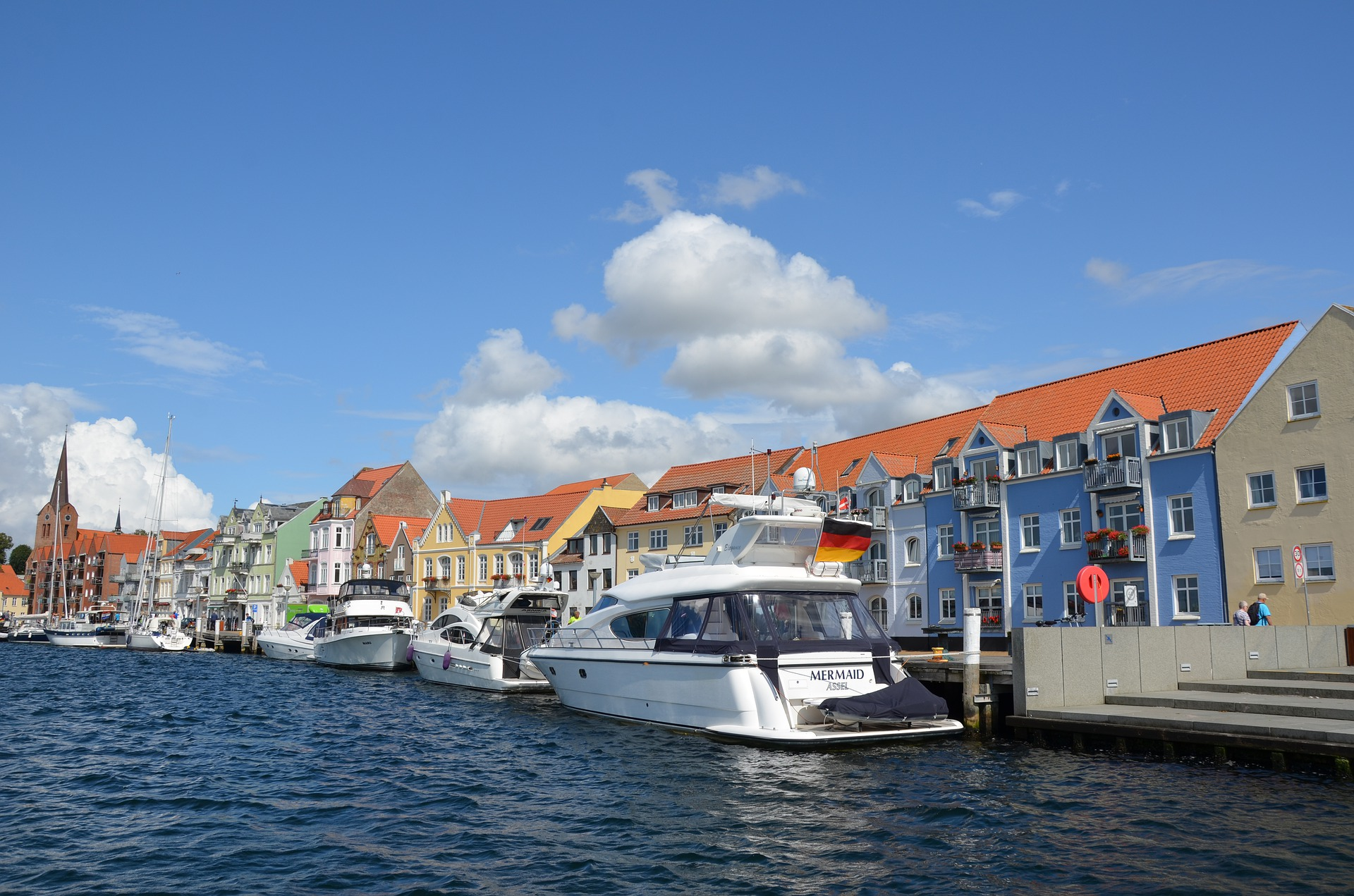 We keep the balance between developing Sønderborg and the smaller cities in the municipality