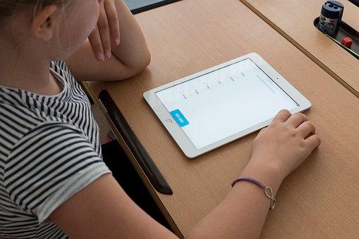 4,500 schools in Romania will get wireless internet