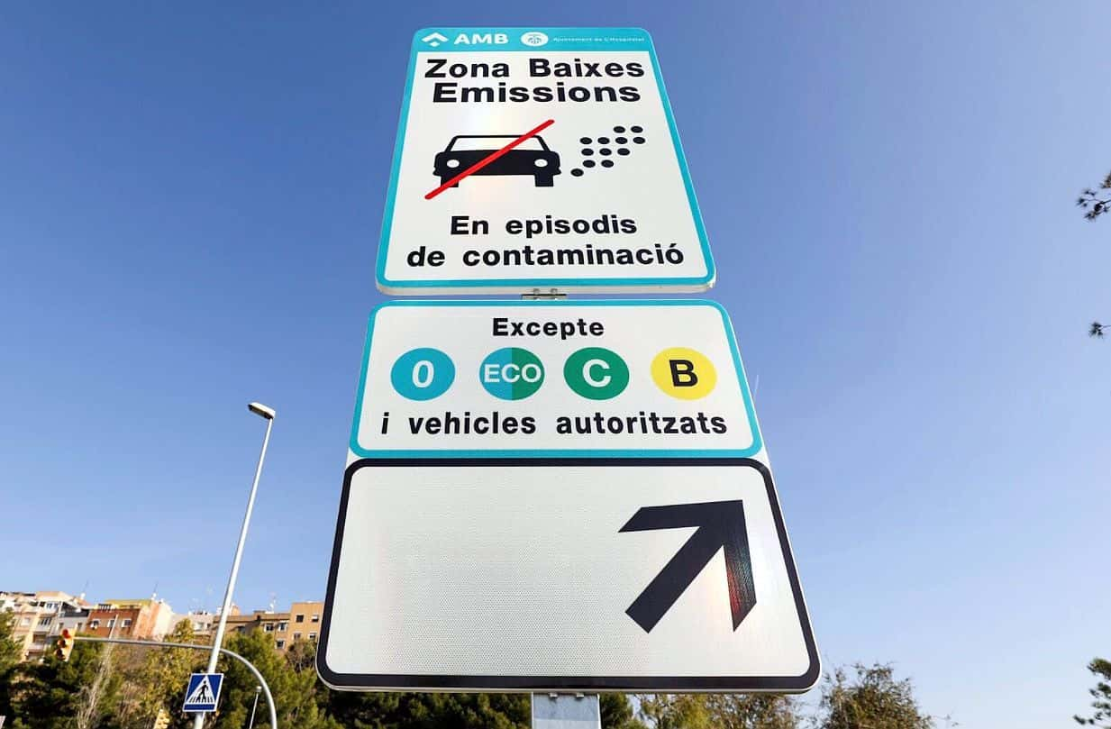 Low emission zone sign Barcelona