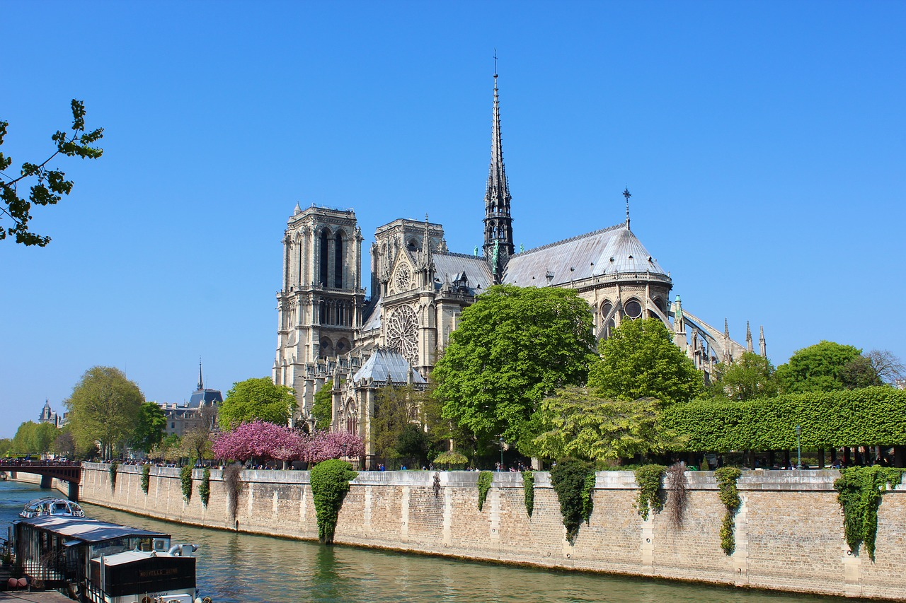Europe united for the restoration of Notre Dame de Paris after blazing fire