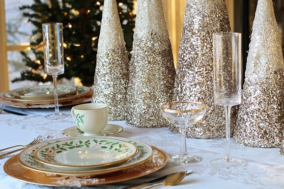 Slider christmas dinner 1926937 640