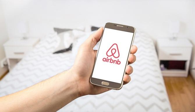 Slider airbnb 2384737 640