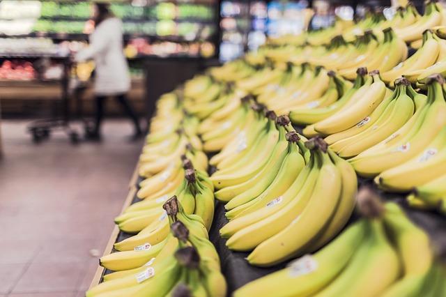 Bananas 698608 640