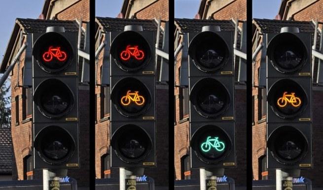 Slider traffic light