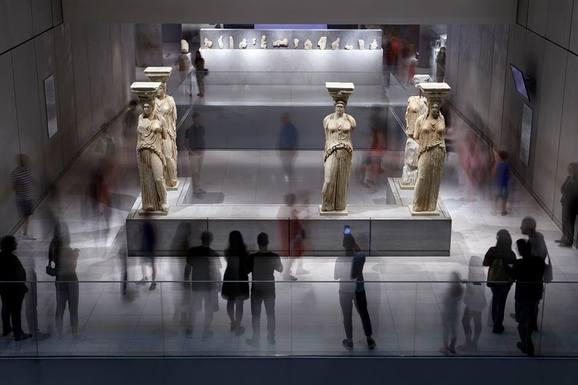 Slider acroplismuseum1