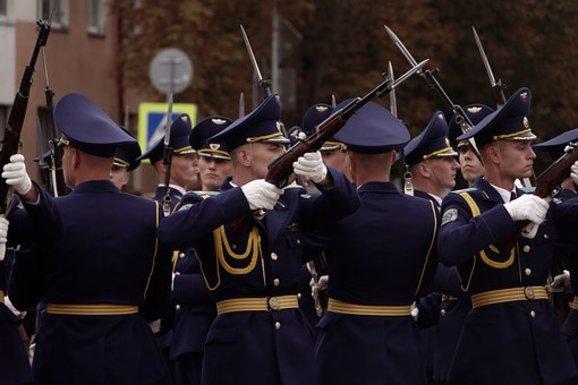 Slider militaryparade