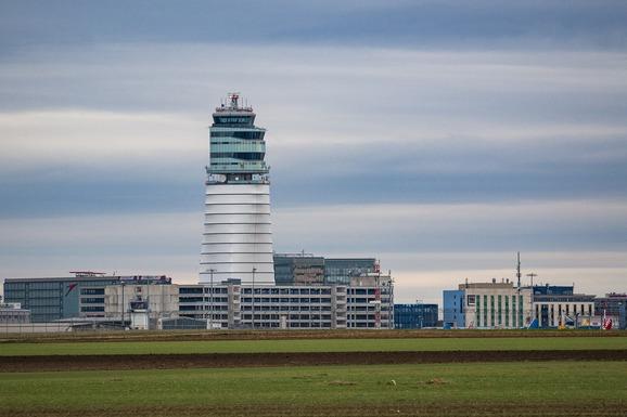 Slider airport 1556470 1280