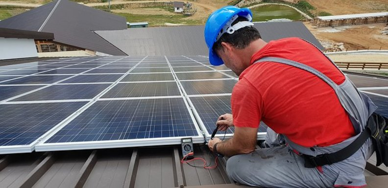Slider photovoltaic panels