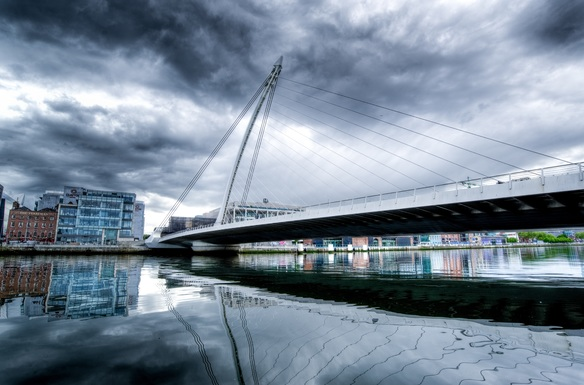 Slider samuel beckett bridge 2344398