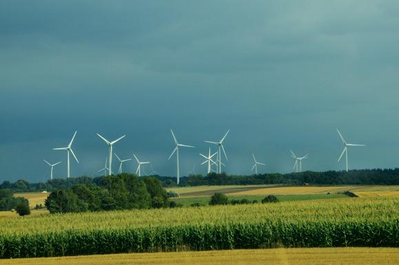 Slider wind turbine