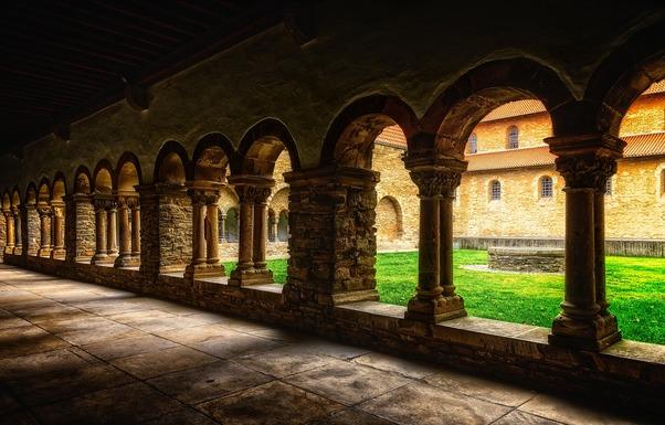 Slider monastery