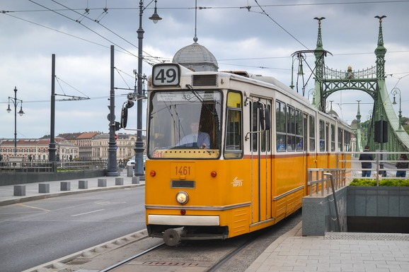 Slider tram 1987021 1920