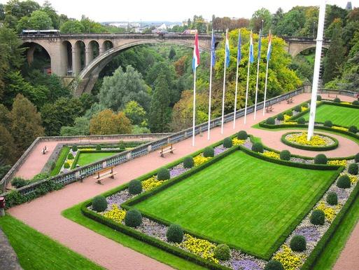 Slider luxembourg 77403 1280