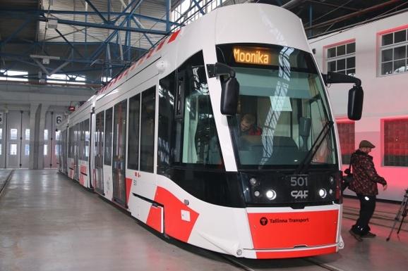 Slider tallinn caf tram