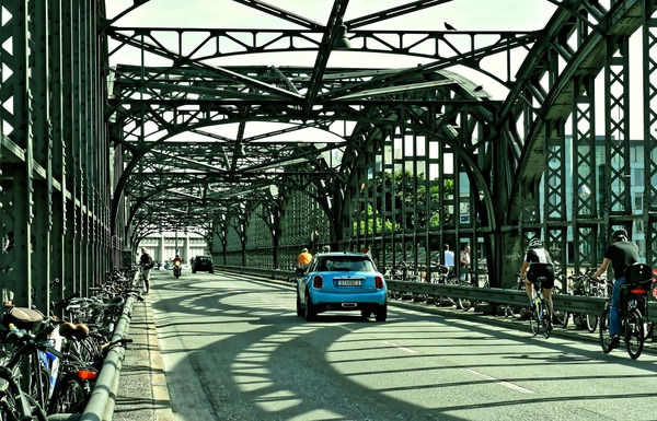 Slider hacker bridge 4381661 1920