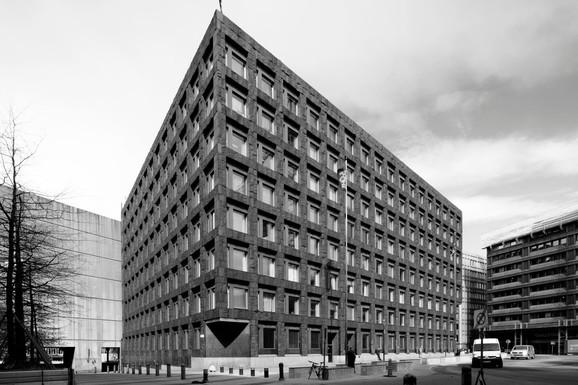 Slider riksbank