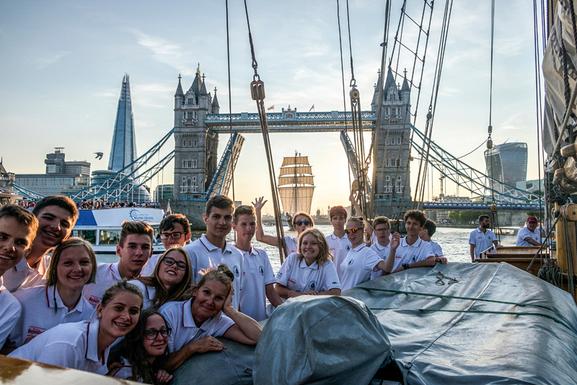 Slider gdansk sailing cruises students