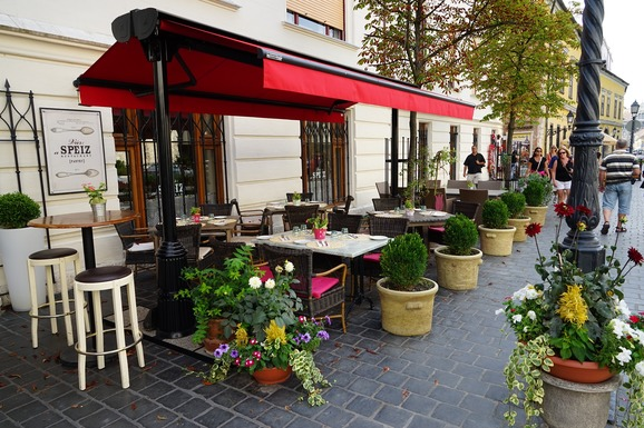 Slider budapest cafe