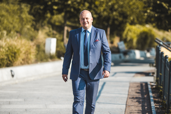 Slider andrzej nowakowski