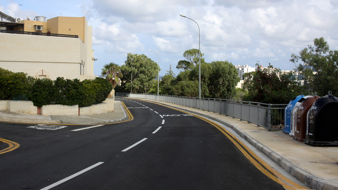 Slider reconstruction of streets in malta 1