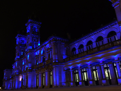 Slider san sebastian city hall in blue