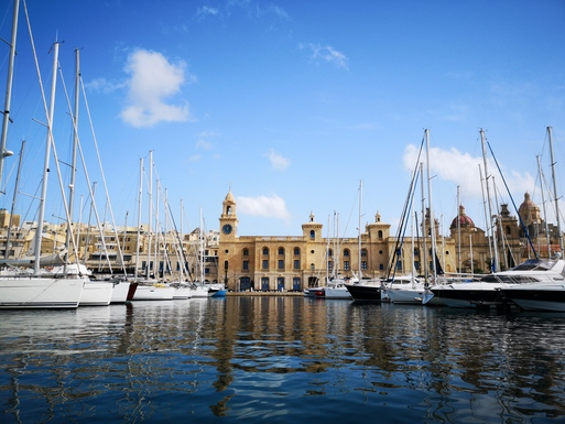 Slider valletta and the three cities