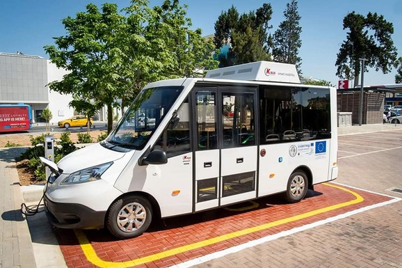 Slider paphos electric bus