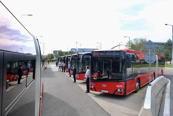 Slider bratislava buses