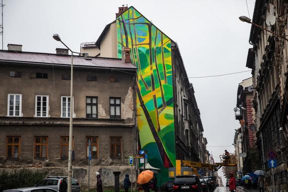 Slider smog absorbing mural by pawe%c5%82 sowa   wydzia%c5%82 prasowy umbb