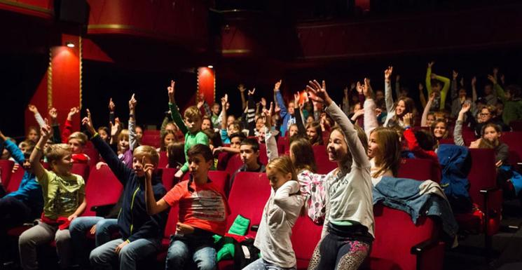 Slider otroci kinodvor4