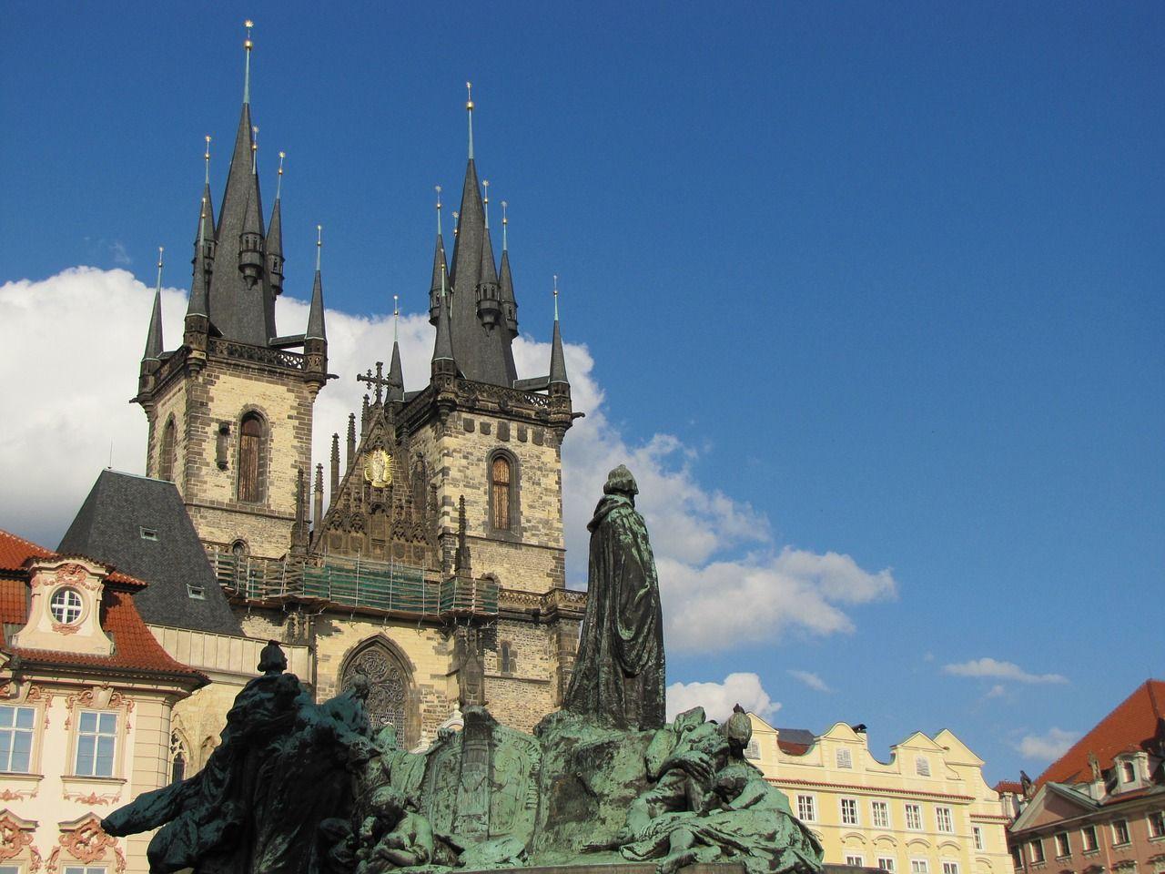 Prague 825684 1280