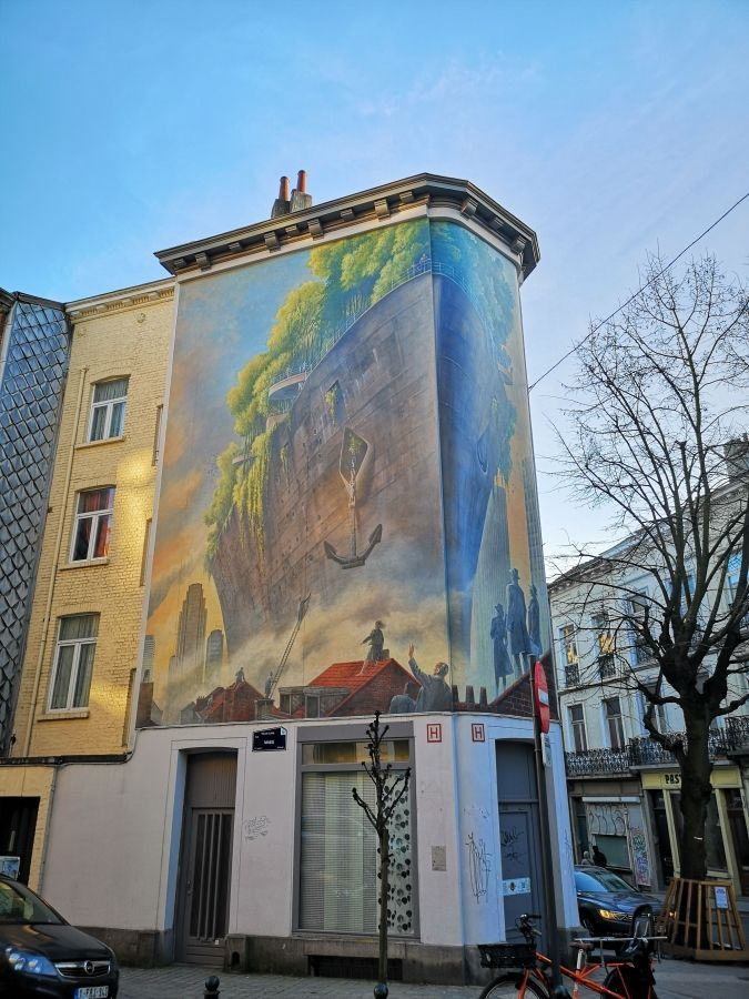 Optimized ixelles mural