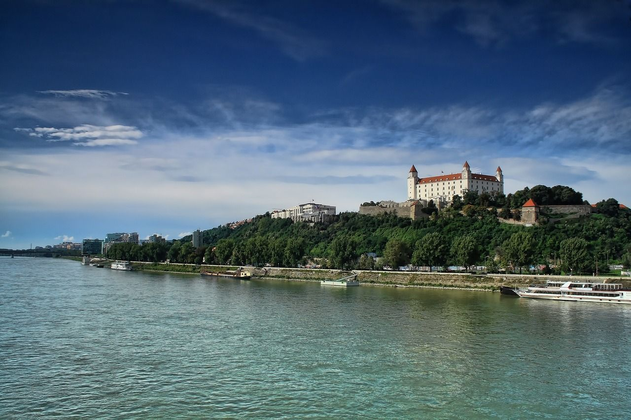 Bratislava 2544042 1280