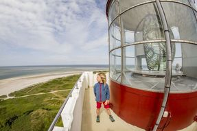Biggest thumb lighthouse at bl%c3%a5vandshuk   the most western point of denmark