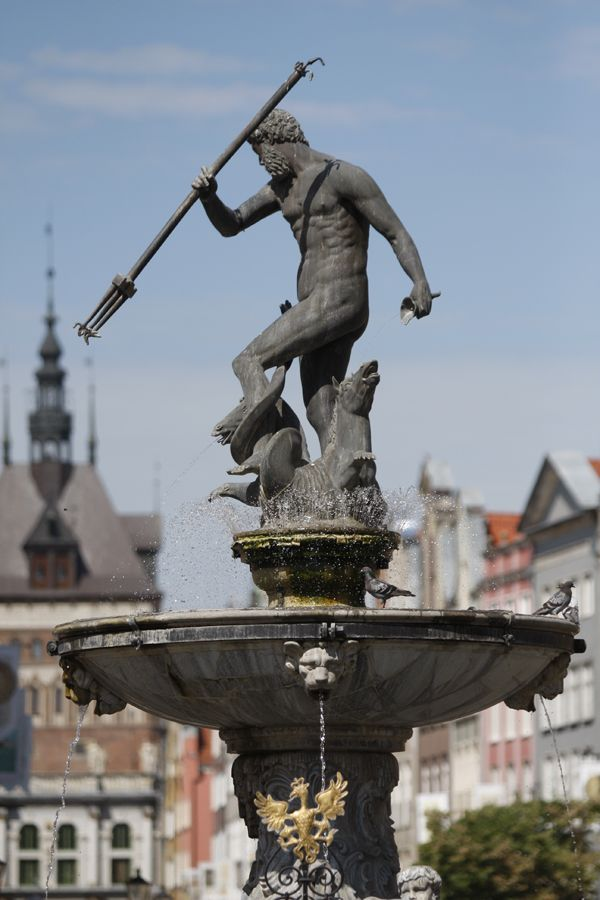 Neptune fountain   gdansk