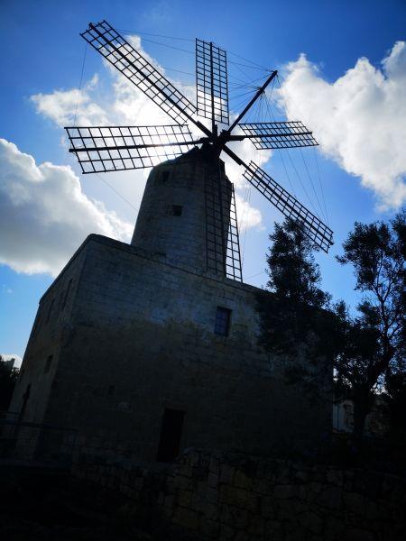 Zurriq windmill a dimitrova