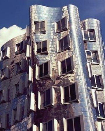 Architecture 2371294  340