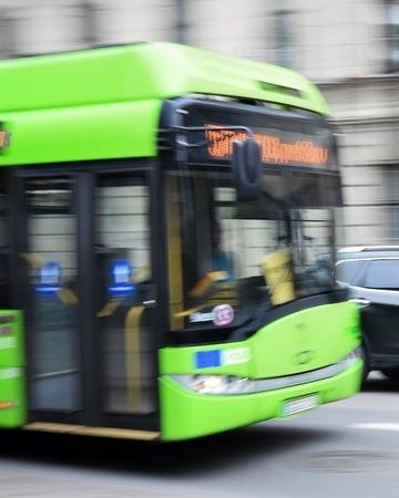 Bus 2755560 1280