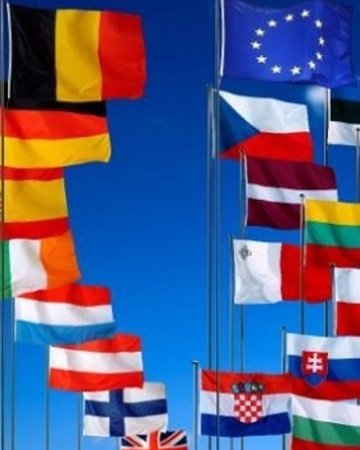 The flags of the eu and member states