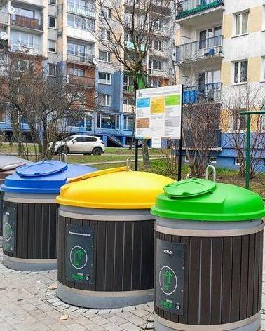 Lodz waste segregation containers   pawe%c5%82 %c5%81acheta