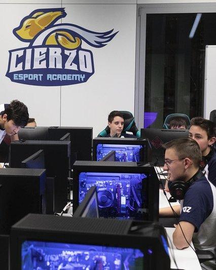 Video games competition zaragoza