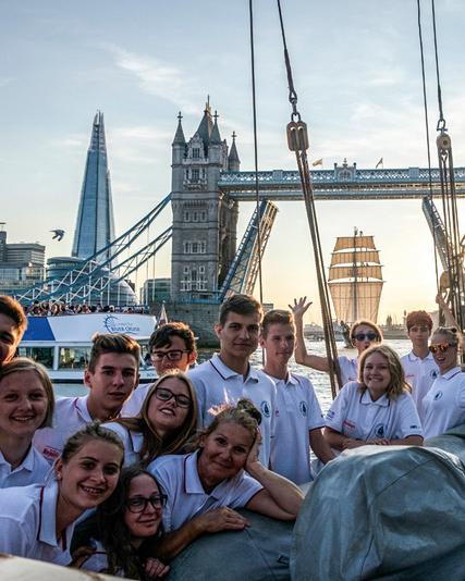 Gdansk sailing cruises students