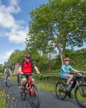 Limerick greenway family cycle