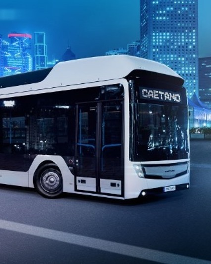 Caetano fuel cell bus