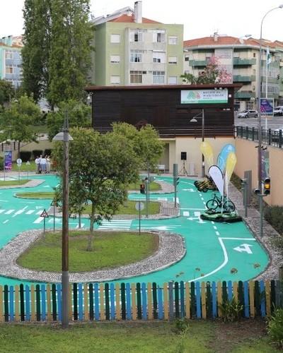 Amadora mobility school